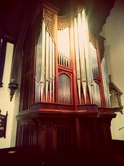 Holy Pipes in color (PhotoJester40) Tags: inside indoors inchurch organpipes windpipes brasspipes amdphotographer