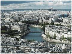 Paris (sistereden2) Tags: journéeseuropéennesdupatrimoine markii em5 olympus leicanocticron425mm basiliquedusacrécoeur toursaintjacques centrepompidou pontsaintlouis ilesaintlouis laseine