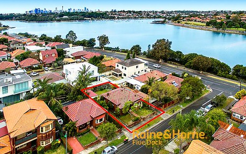 2 Duchess Av, Rodd Point NSW 2046