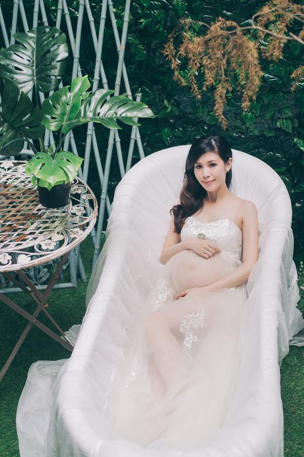 37334003181 bb396b6942 o [台南孕婦寫真]清新自然孕媽咪