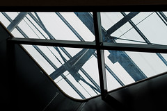 lines´n´curves   l   2017 (weddelbrooklyn) Tags: linien kurven licht schatten stahl dach konstruktion d5200 nikon 35mm lines curves light shadows steel metal roof construction