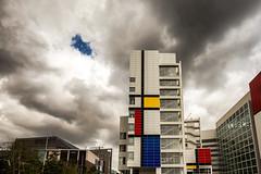 City Hall under clouds / The Hague 2017 (zilverbat.) Tags: denhaag thehague mondriaan artistic clouds weer weather holland stadhuis cityhall centrum zilverbat colars dutch nederland rain