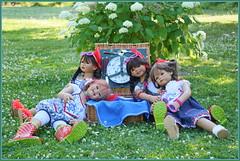 Die blaue Stunde ... (Kindergartenkinder) Tags: dolls himstedt annette park blume garten kindergartenkinder essen grugapark personen blumen sanrike milina sommer kindra setina