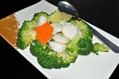 Scallops (chooyutshing) Tags: food scallops broccoli
