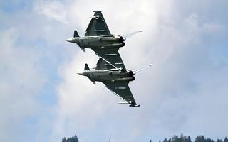 Eurofighter formation - Austrian Air Force @ LOXZ