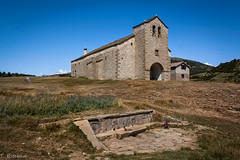 Santuario de Santa Orosia (Teresa Esteban) Tags: huesca pirineo yebradebasa santuario santaorosia aragón españa europa fuente montaña
