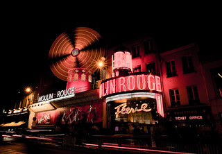 Le moulin rouge -Paris-