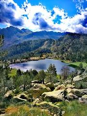If one day I lose, look for me here....🗻 (carlesbaeza) Tags: lake llac lago paisaje paisatge landscape naturaleza nature ngc travel adventure aventura andorra senderismo senderisme trail