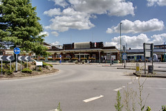 Horsham Station (marktandy) Tags: horsham 2017 station trains britishrail southernrail networkrail northstreet roundabout junction england unitedkingdom uk gb greatbritain sussex westsussex