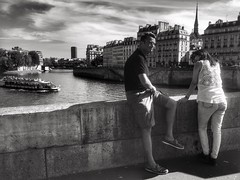 Candid couple on Pont d'Arcole (LUMEN SCRIPT) Tags: ngc paris river bridge people streetphotography photography street candid blackandwhite emotion romantic monochrome light shadow blackwhite silhouette lumenscript m travel tourism
