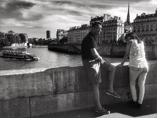Candid couple on Pont d'Arcole