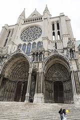 _DSC0379 (Alexandre Dolique) Tags: d850 nikon chartres cathédrale cathedral gotique roman tour toîts vitraux bleu crypte en lumière