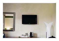 Milan, Italy (Jordane Prestrot) Tags: jp18701 hôtel hotel chambre room habitación téléviseur tv television télévision télé televisor televisión tele blackhole trounoir agujeronegro jordaneprestrot milan milano miroir mirror espejo