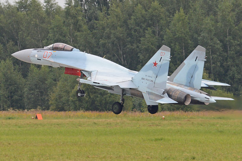 Sukhoi Su-35S 'RF-95849 / 07 red'