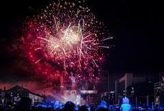 Fuegos de Artificios (Visto en Explore) (Gustavo Estevez) Tags: montjuic año nuevo new year barcelona spain fuegos artificiales