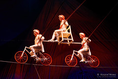 20170804-172-Kooza by Cirque du Soleil - high wire balance act (Roger T Wong) Tags: 2017 asia cirquedusoleil kooza rogertwong sel70300g singapore sony70300 sonya7ii sonyalpha7ii sonyfe70300mmf2556goss sonyilce7m2 acrobats bicycle circus highwire holiday performers tightrope travel