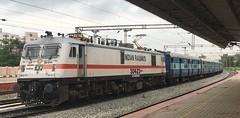 Clean white RPM WAP7 with BRINDAVAN EXPRESS (Sriram.SN) Tags: indian railways trains express brindavan bangalore chennai india locomotive wap7 sriramsn