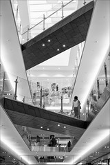 melbourne-9525-bw-ps-w (pw-pix) Tags: shops shoppingcentre interior floors voids people design modern attractive photogenic bright light lights glass stainless steel wood airy walkways angles textures bw blackandwhite emporium formermyersite lonsdalest cbd melbourne victoria australia