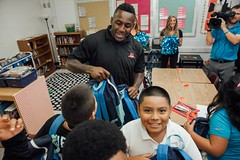 "thomas-davis-defending-dreams-2016-backpack-give-away-9 • <a style=""font-size:0.8em;"" href=""http://www.flickr.com/photos/158886553@N02/36348841214/"" target=""_blank"">View on Flickr</a>"