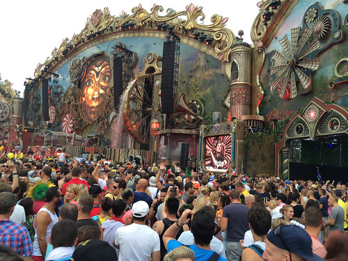 Visitors in front of the main stage - Tomorrowland music festival 2014