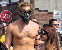 Hampdenfest, Baltimore, 2017 (A CASUAL PHOTGRAPHER) Tags: festivals hampdenfest portraits men physiques barechested sunglasses steampunk hampden baltimore maryland lenses