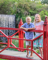 Over Here (shirley319) Tags: 2017 botanicalgardens d600 july kellie lakeofthewoods layne maberygelvinbotanicalgarden maddie mahomet olsens coveredbridge portraits red siblings illinois unitedstates
