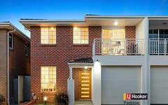 3/10 Glenfield Road, Casula NSW