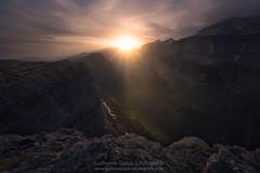 Ordesa (Guillermo García Delgado) Tags: ordesa pirineo mountain valle valley monte perdido parque nacional sunset sunlight landscape sky canion cañon huesca aragon