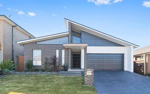 13 De Garis Close, Middleton Grange NSW