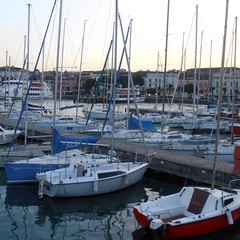 Boats (Navi-Gator) Tags: boats marina garda lake italy travel