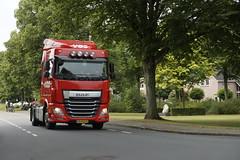 Dutch Truckrun Apeldoorn bij doorkomst in Lieren 26-08-2017 (marcelwijers) Tags: dutch truckrun apeldoorn bij doorkomst lieren 26082017 veluwe vrachtwagen vrachtwagens truck trucks lkw lastkraftwagen camion nederland niederlande the netherlands holande paysbas truckersdag