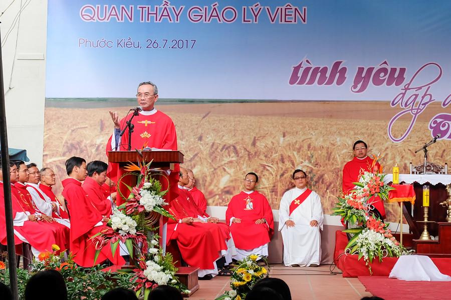 Le Anre Phu Yen va DH Giao Ly 2017-12