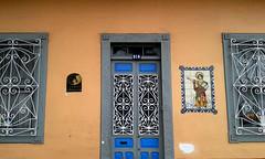 Antigua casa San Pancracio, sede de ICOMOS Costa Rica av.4, c.9-11/ Former San Pancracio house, now seat of ICOMOS Costa Rica 4th av., 9th-11th st. (vantcj1) Tags: puerta verja vivienda icomos arquitectura patrimonio urbano decoración mosaico nouveau ventana