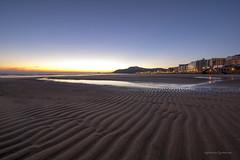 _1AG6049 (agurtzane gastañares) Tags: fucsia zarautz playa hondartza amanecer egunsentia
