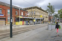 Oldham Central, Manchester Metrolink. (Fred Collins afloat and ashore) Tags: tram tramway lrv lightrail bombardier m5000 bound