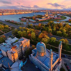 Moscow Cathedral Mosque and the Peter and Paul Fortress at the bird`s -eye view. (One to Russia) Tags: wanderlust onetorussia showmerussia russia tour tours tourist spb piteronline saintpetersburg travel traveling travelgram travellife travelrussia traveltorussia inrussia welcometorussia citybestpics beauty livingeurope adventure like питер санктпетербург look beautiful петропавловскаякрепость amazing