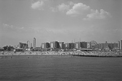 Coney Island (superzombie71) Tags: rollei 35 pan f ilford rodinal new york city nyc