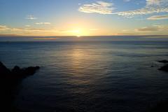 enfin le soleil... (8pl) Tags: leverdesoleil matin sark sercq printemps sunrise nature seascape paysage