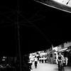 beach umbrella (s_inagaki) Tags: beachumbrella snap tokyo monochrome street bicycle ビーチパラソル スナップ 東京 モノクロ ストリート 自転車 白黒 blackandwhite