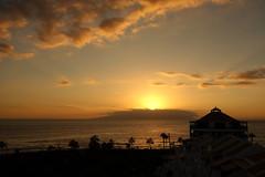 Playa de las Américas: sunset at La Gomera (JdRweb) Tags: parquesantiago playadelasamericas sonydscrx100 tenerife