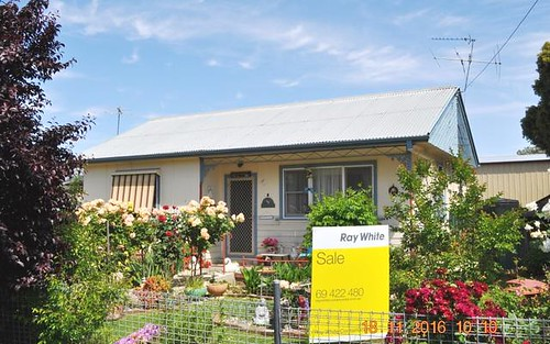 1 Cowong Street, Cootamundra NSW 2590