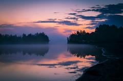 """ Before Sunrice "" #Dreiländersee 40mm nikon micro# (Kalbonsai) Tags: sunrice nikon 40mm d5100 micro dreiländersee gronau westf waterscape clouds color outdoorphotography wter zonsopkomst"