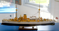 A model of the cruiser HDMS Valkyrien at Springeren Maritimt oplevelsescenter, 16. september 2017. Foto: Per Ryolf (perryolf) Tags: fotoperryolf aalborg springerenmaritimtoplevelsescenter ubåd mtb torpedobåd ship ships schiff schiffe skibe skib marinemuseum
