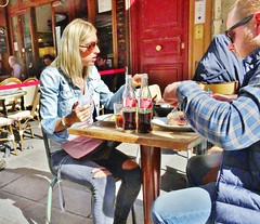 2017-09-21  Paris - Bistro Burger - 24 rue Montorgueil (P.K. - Paris) Tags: people candid street café terrasse terrace