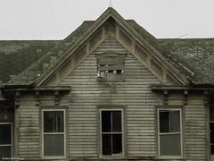 (Gabrielle Gaia) Tags: abandoned abandonedhouse abandonedfarmhouse decay architecture farmhouse house rural illinois il