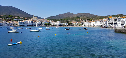 Cadaqués view from the sea ... (Photo JC PLE)