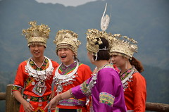 Thrilled that their selfies came out well! (shankar s.) Tags: southeastasia china mainlandchina gulin kweilin mountainscape mountainscenery terracedricefields terracefarming longjiterracedfields pinganzhuangvillage mountainridge longjiterracesscenicarea longjiterracedscenicarea ruralchina hazy haze woodenbuilding woodenconstruction timberstructure woodbuilding woodenhouse tribals localresident localschoolgirl localresidents localtourists sefie happy touristphotography ethnicdress costume