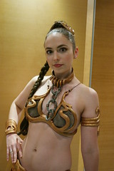 DC31 - 0188 - Day 0 (Photography by J Krolak) Tags: dragoncon31 dragoncon2017 day0 precon costume cosplay masquerade atlanta ga usa starwars leia slaveleia princessleia leiasmetalbikini