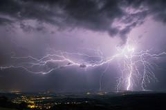 Orage du 8 août 2017 (Regarde là-bas) Tags: orage eclair thunder storm foudre impact lightning bolt jujurieux ain france