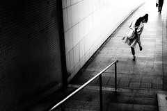 (ken's style 1) Tags: japan urban tokyo city underground snap street people lady momochrome blackwhite